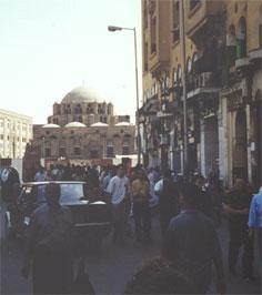30 tal skadade i kyrkexplosion